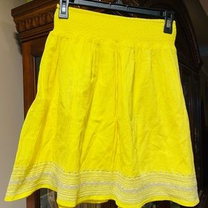Old Navy Yellow And White Skirt EUC NWOT SZ XS